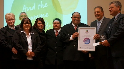 Murihiku Wardens being presented with the Award.