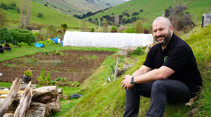 Restoring a centuries old reputation as an abundant māra kai region, Hāpai Heritage Potatoes, Banks Peninsula. Te Pūtahitanga o Te Waipounamu, a Whānau Ora commissioning agency, helps whānau to realise their dreams.
